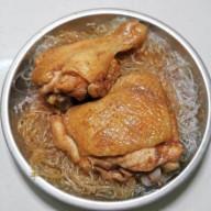 五香雞髀蒸/炆粉絲