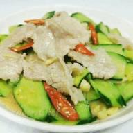青瓜炒肉片